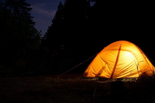 テントの灯り